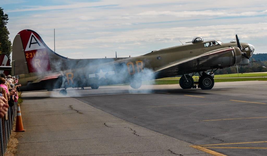 B-17 startup