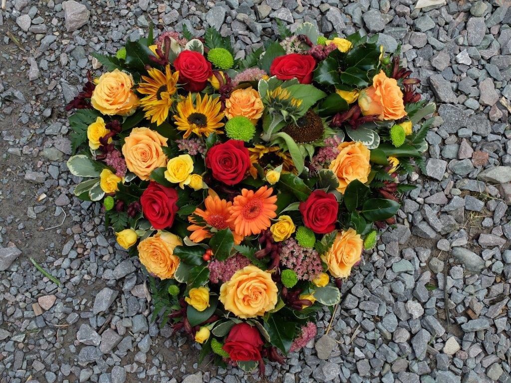 Loose Heart - Orange Flowers