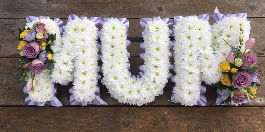 Floral Lettering - Mum