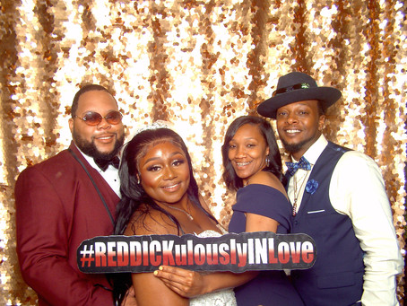 Five creative ways to incorporate your wedding hashtag in your photo booth experience