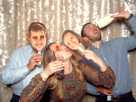 Is it worth having a photo booth at your wedding? Yes!