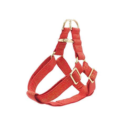 Crimson D'or Harness