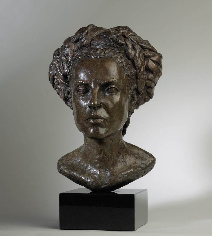 018 Karen Cope- Modern Medusa Bronze