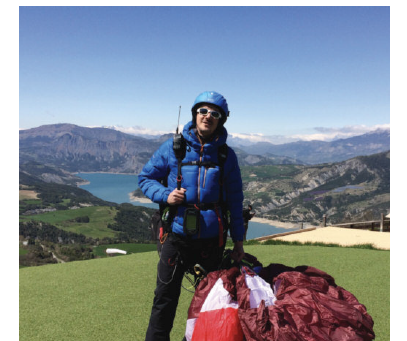 Learning the art of paragliding