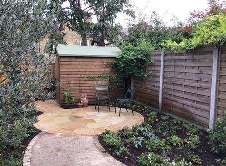 A Curved garden in E5