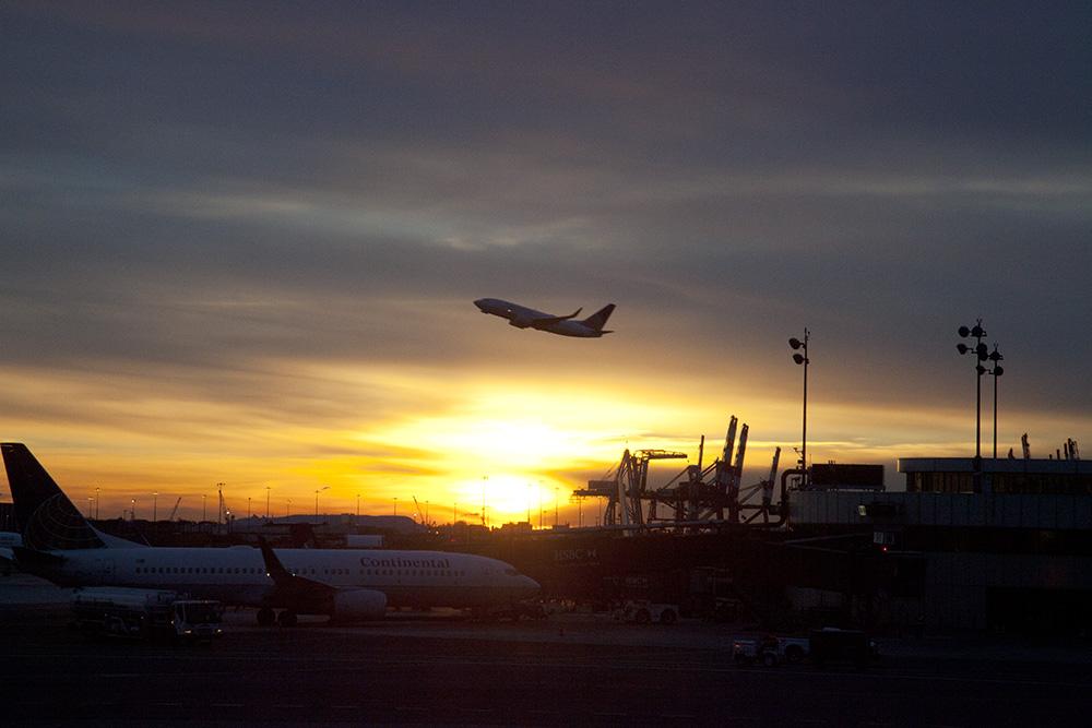 Newark Airport - Las Vegas, Nevada