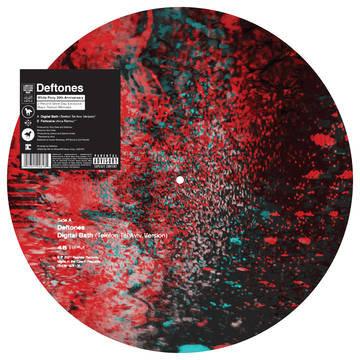 "Deftones ""Digital Bath (Telefon Tel Aviv Version)"" / ""Feiticeira (Arca Remix)"""