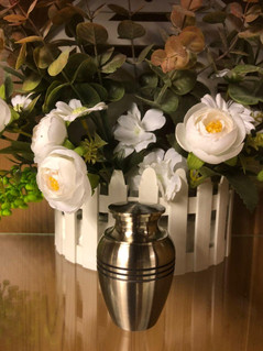 Tall Silver Metal Urn With Lines | 4.5cm diameter x 7.5cm (h)