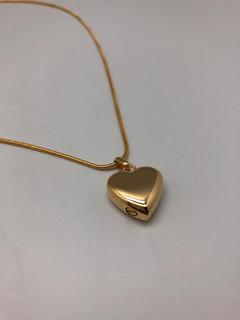 Gold Heart | 0.5cm (w) x 1.7cm (h)