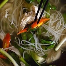 Lanna's Survival Soup - Phở Ga