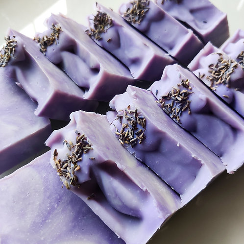 Batti & Co. Lavender Lure