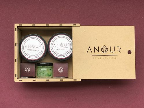 Anour Signature Customised Gift Hamper