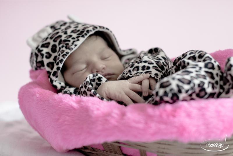 Newborn Laila 01_edited