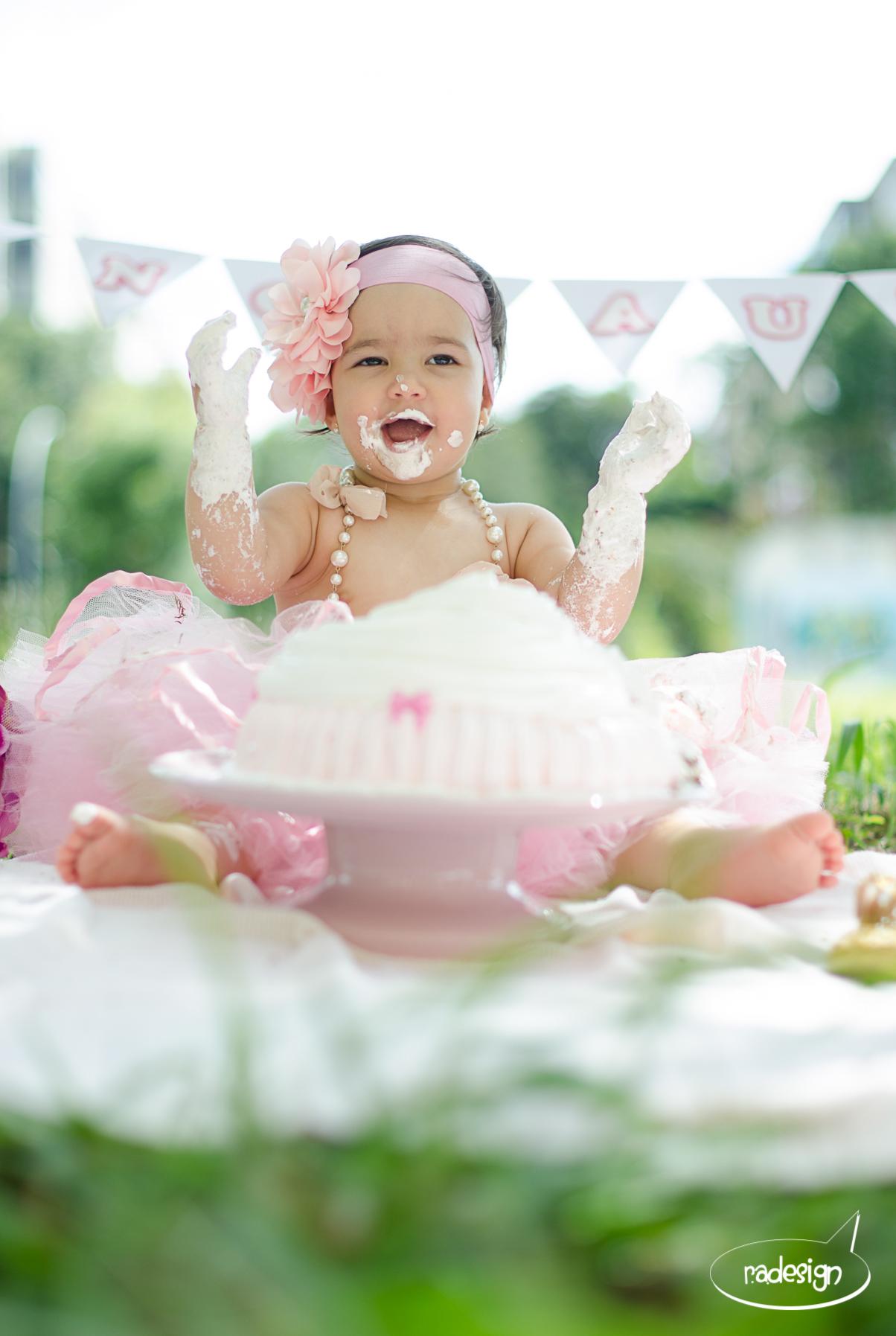 Smash the cake - Laura logo-271.jpg