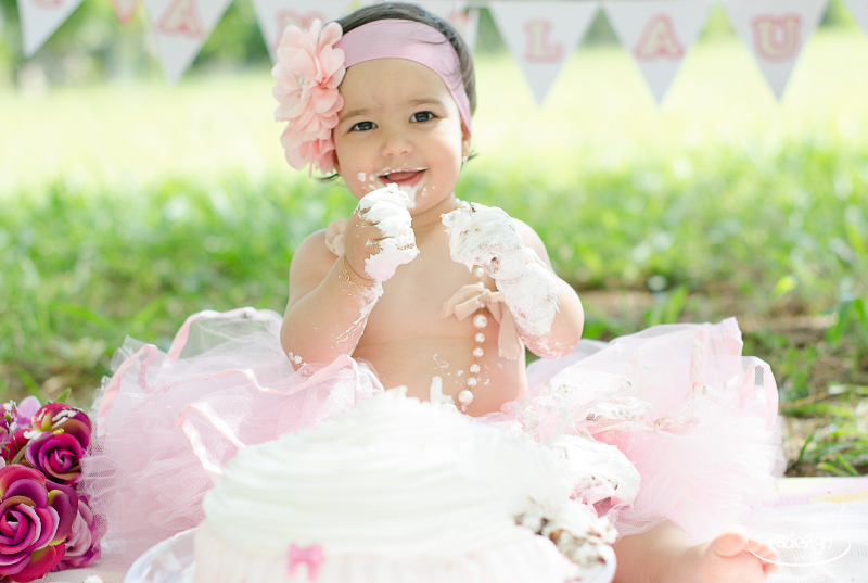 Smash the cake - Laura logo-189_edited.jpg