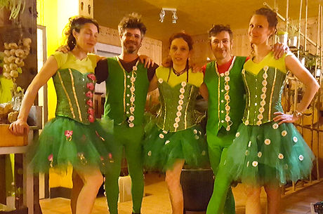 Atypic-Groove---Costumes-Verts_edited.jpg