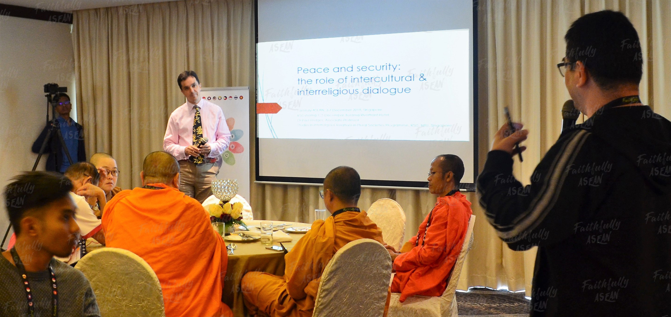 Breakfast Seminar with Associate Professor Dr Paul Hedges from the S Rajaratnam School of International Studies (RSIS) on the role and possible impacts of intercultural & interreligious dialogues in fostering peace and security, both locally and regionally.