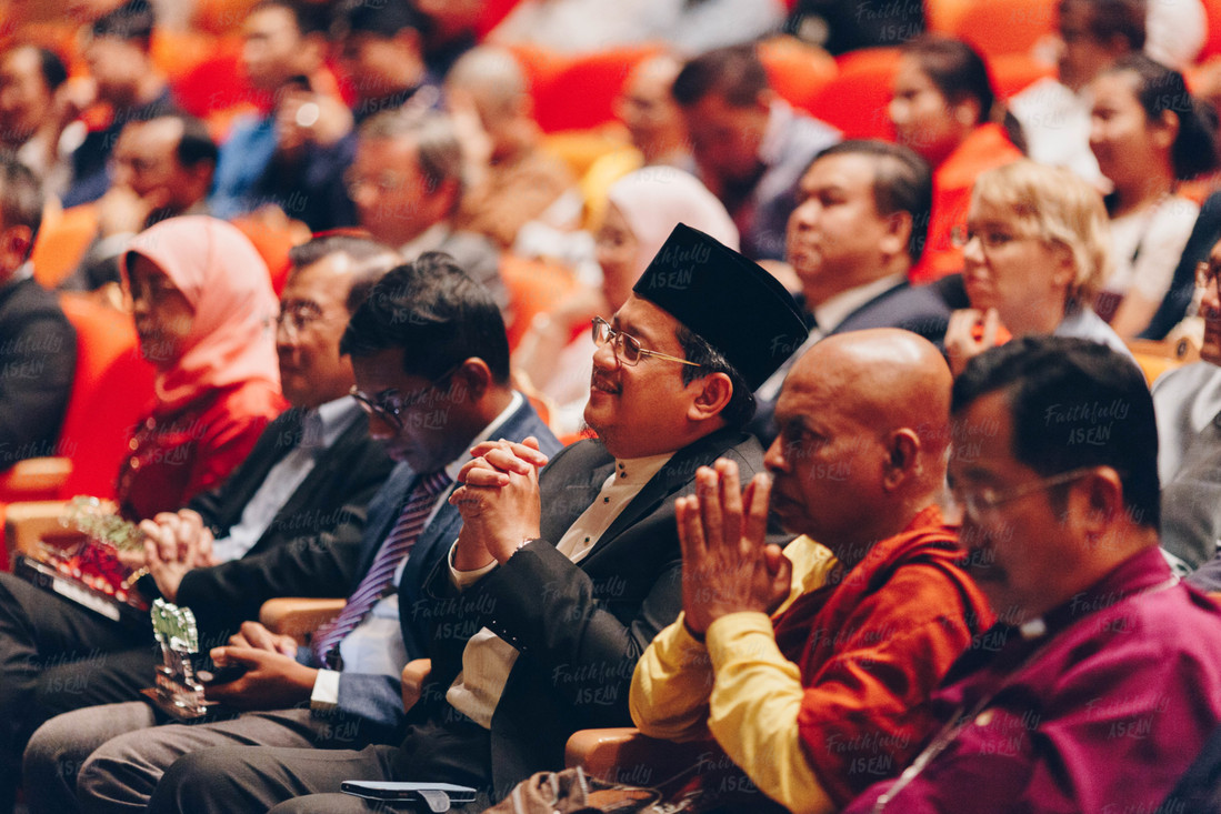 The FA regional interfaith programme brings together faith practitioners and interfaith activists around the region and from Singapore, to exchange on worthy and creative multicultural and social cohesion initiatives, and discuss challenges and best practices.