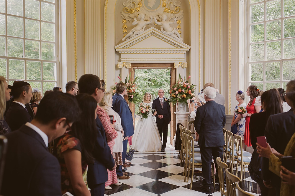 Entrance and Exit Pedestal Urns - Nick Ray Photography