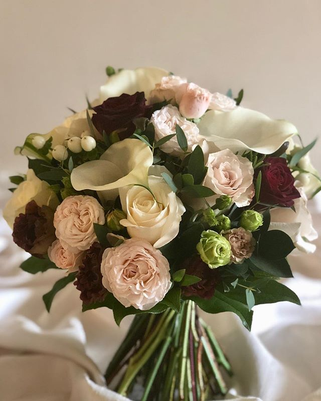 Elegant and Luxurious - Calla were a fav