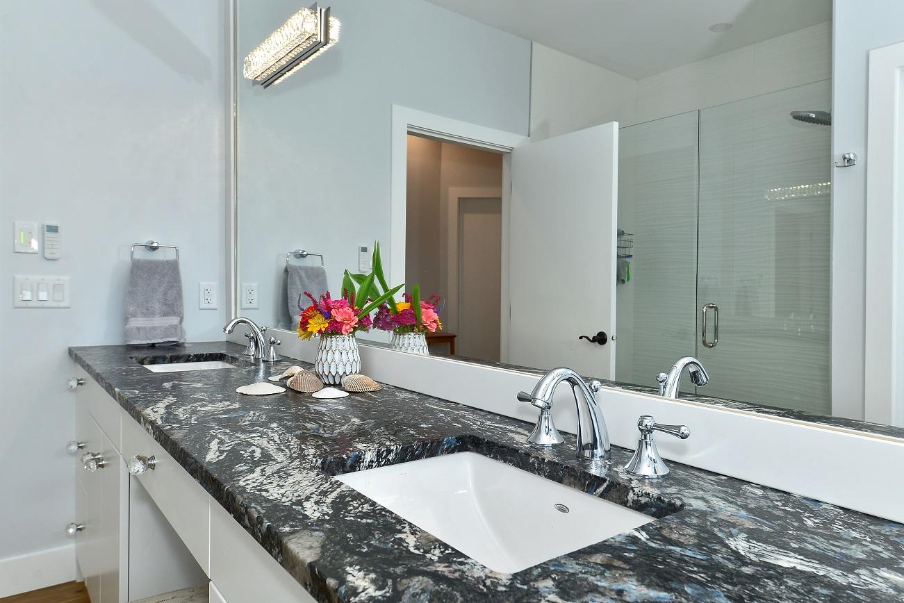 bath main vanity feature