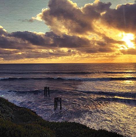 #california#pacificbeach#darknessandligh