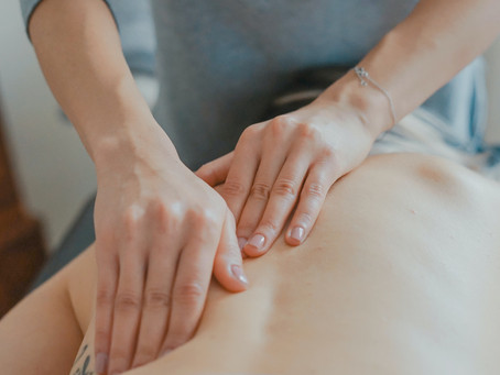What is the difference between a physiotherapist, an osteopath and a chiropractor?