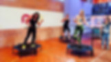 Just Jump Fitness Warszawa i Agnieszka Szaniwska instruktor fitness w telewizji TVP programie śniadaniowym Pytanie na śniadanie opowiada i pokazuje jak wygląda trening fitness na trampolnach