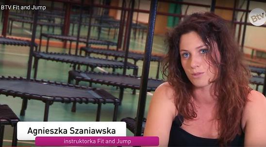 Just Jump Fitness Warszawa i Agnieszka Szaniawska instruktor fitness w telewizji benefit TV opowiada o zajęciach fitness na trampolinach. Film jestemitowany we wszystkich siłowniach w Polsce.