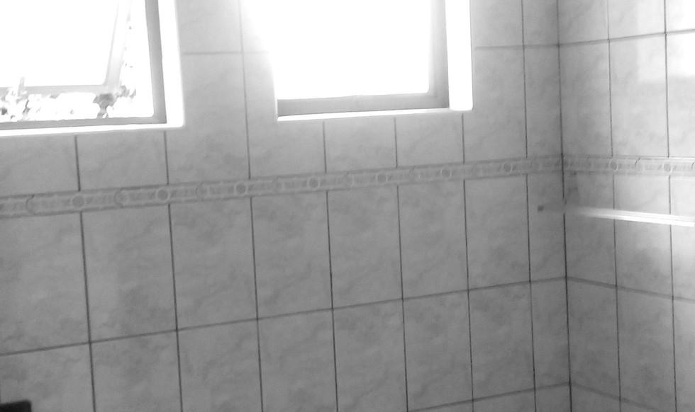 banheiro%2001_edited.jpg