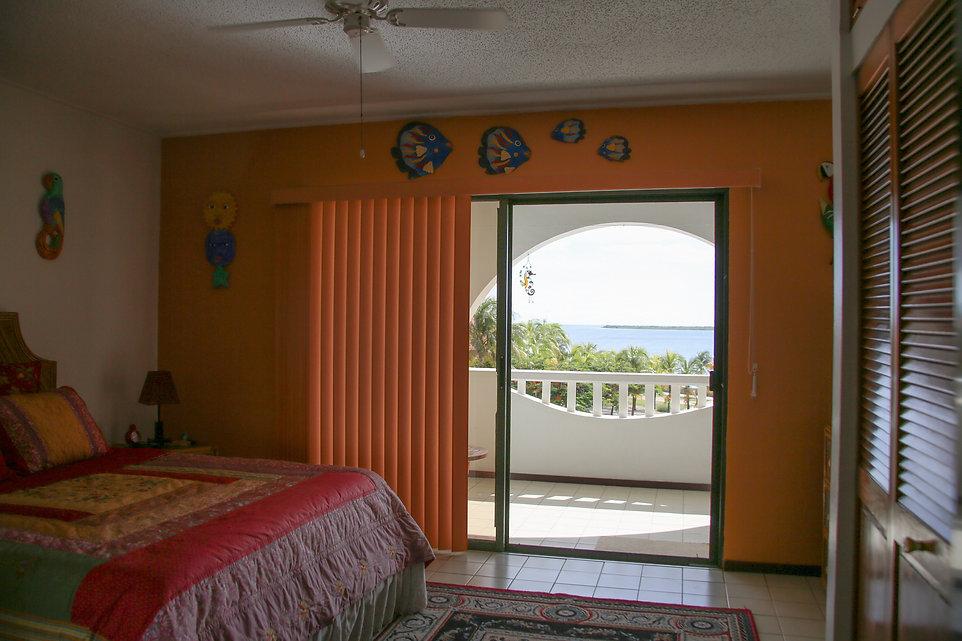 master_bedroom2.jpg