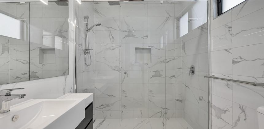 Hamilton Bath