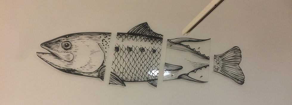 Декоративный элемент из прозрачного акрила с нанесением УФ-печати