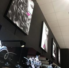 Брендирование магазина косметики светодиодными лайтбоксами