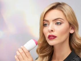 JuvaLips - The natural lip plumper device