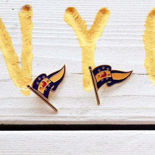 Navy Yacht Club San Diego Lapel Pin