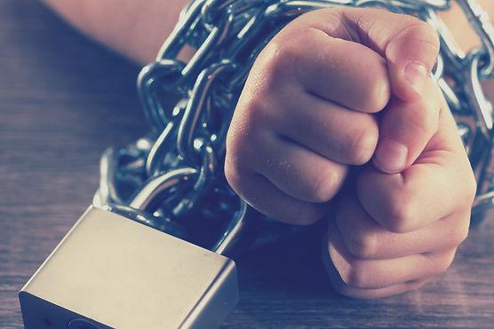 Children with chain tied, imprison, reta