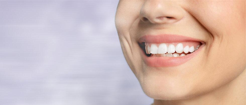 Våra behandlingar för ett friskare leende på torgkliniken i Spånga.