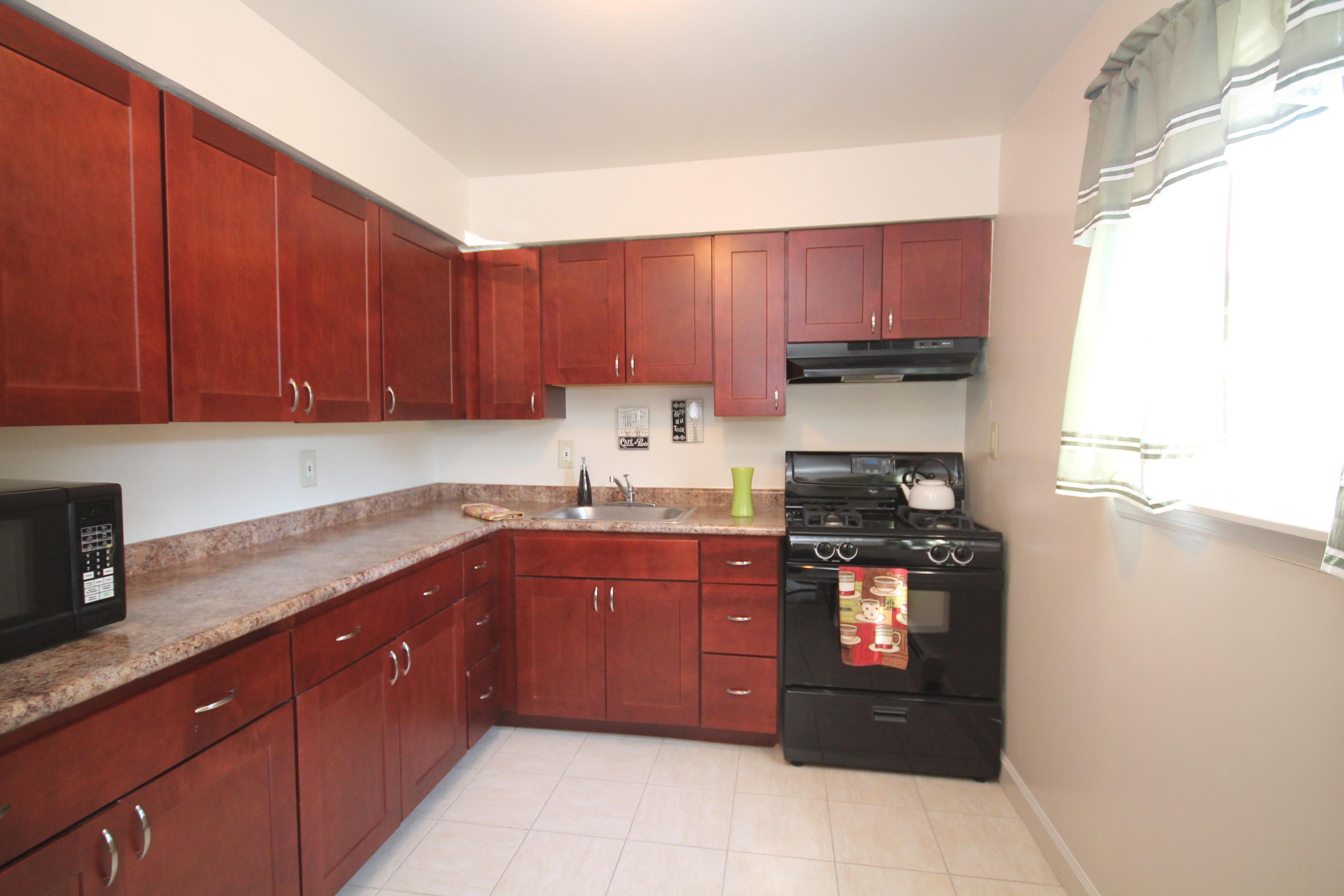 Cherry Oak Kitchen 1Bd A-D