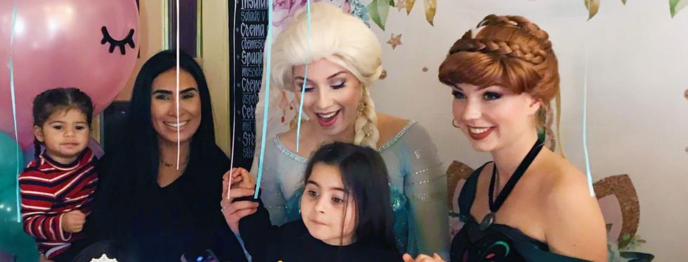Sneeuwprinses en IJskoningin kinderfeestje
