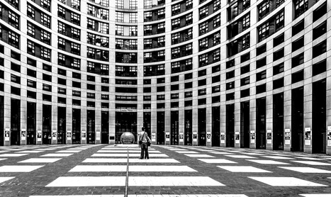 Europarliament-strasburgo-12.jpg