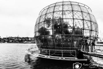 Globe-Genova-3.jpg