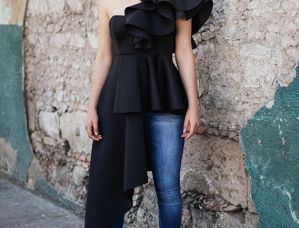 Blusa Asimétrica Negra