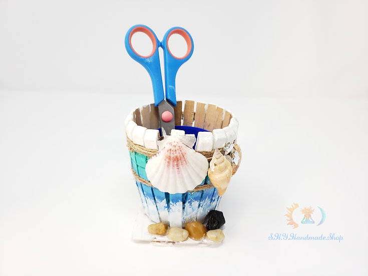 Beach shell pen dolder, Boho wooden pen holder