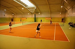 Grayshott-Spa-tennis-courts_Content_Pane