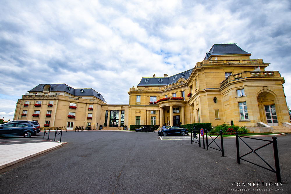 Outside view of Chateau Mont Royal Chantilly