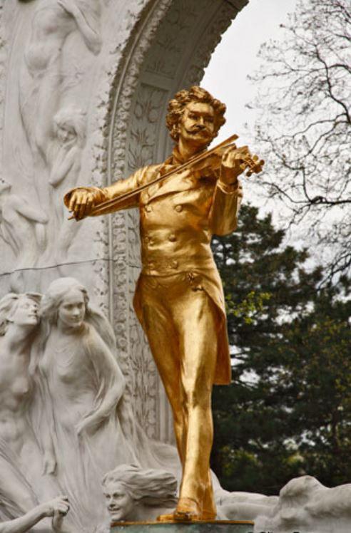 Johann Strauss sculpture
