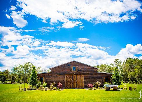 Florida-Rustic-Barn-Weddings-Barn-pictur