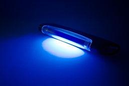 Lead-UV-light-resize.jpg