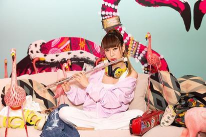 ERiSAさんの3年ぶり2枚目のアルバムリリースに伴ったジャケ&アー写撮影を担当